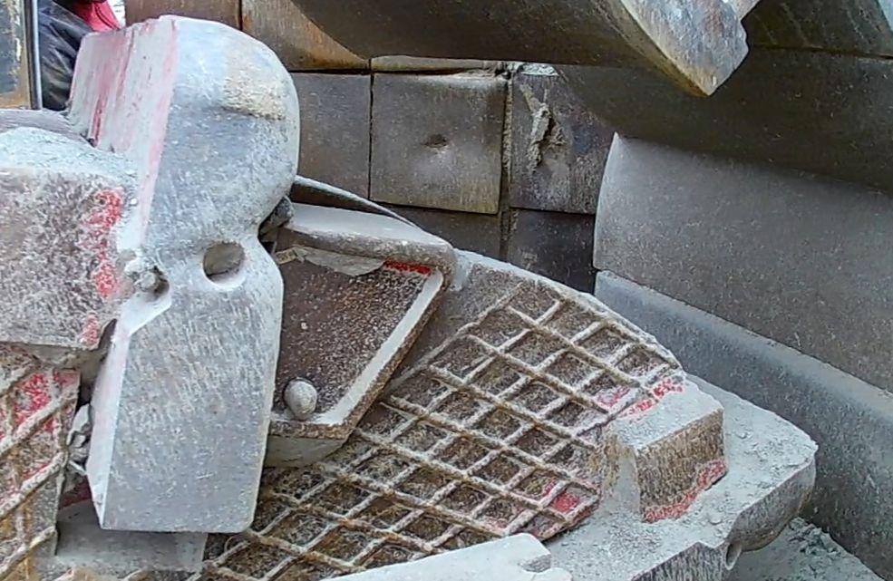 металлокерамические била